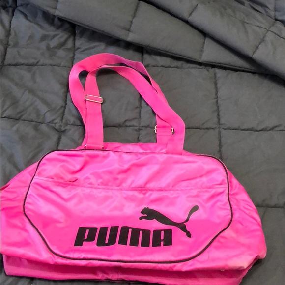 aef76afc2df Pink Puma gym bag. M 5b8da43c283095f503a73ef1